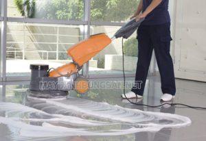 Sử dụng hóa chất đánh bóng sàn nhà cho hiệu quả cao