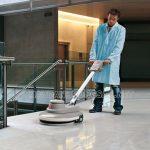 Sử dụng máy đánh bóng sàn đá để bảo dưỡng sàn