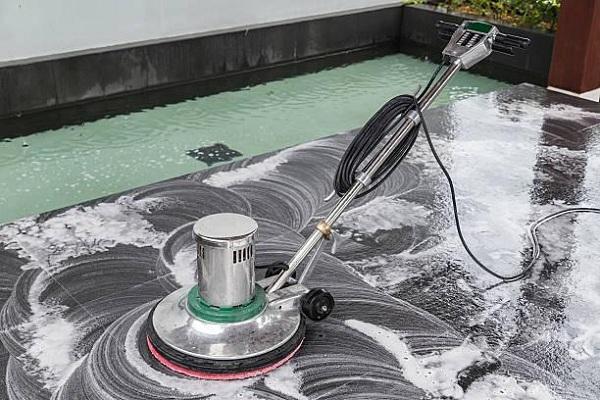 Máy đánh bóng sàn gạch giúp vệ sinh, bảo dưỡng mặt sàn hiệu quả