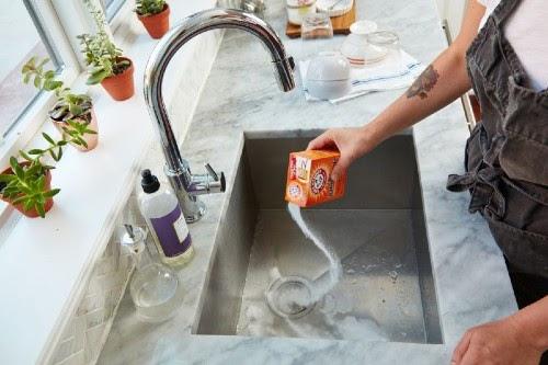 Cách dùng baking soda trong tẩy rửa