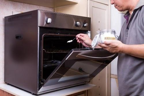 Cách sử dụng baking soda tẩy rửa